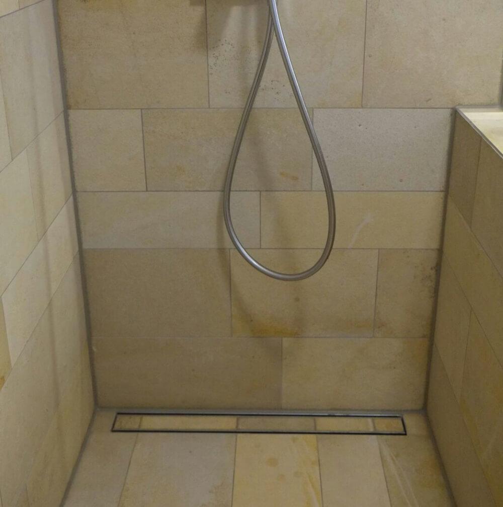 Hochwertig Verlegung Von Solnhofer Platten In Bodengleicher Dusche